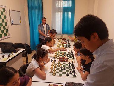 مسابقات شطرنج موسسه باران