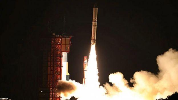 ژاپن موشک با سوخت جامد به فضا پرتاب کرد