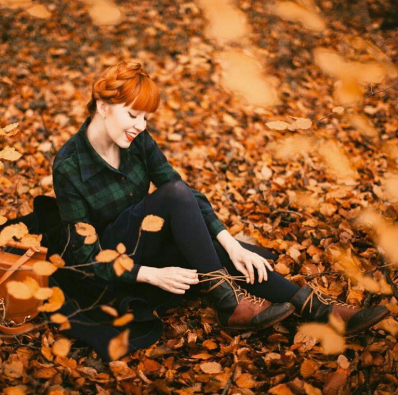 عکس دختر و پاییز
