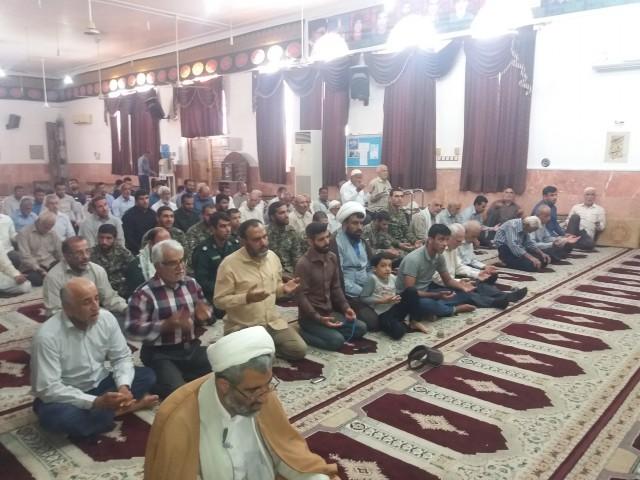 حضور بسیجیان در نماز جمعه سعدآباد