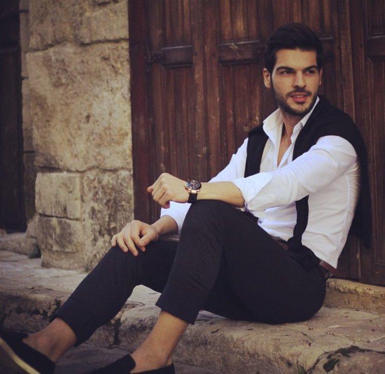 عکس های جدید از هازار بازیگر سریال ترکیه ای تازه عروس