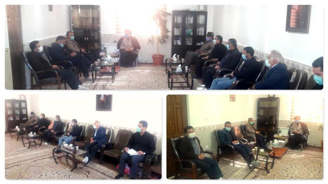 جلسه برنامه ریزی و هماهنگی مرکز جامع سلامت شهر آبسرد