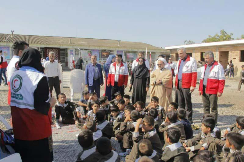 دومین روز از اجرای طرح ملی بامهر تا مهر ویژه دانش آموزان مناطق سیل زده شهرستان گمیشان