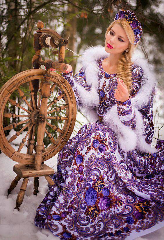 عکس زن زیبا در برف