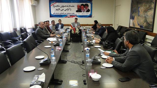 بررسی مشکلات 13 واحد تولیدی گلستان در ستاد تسهیل استان