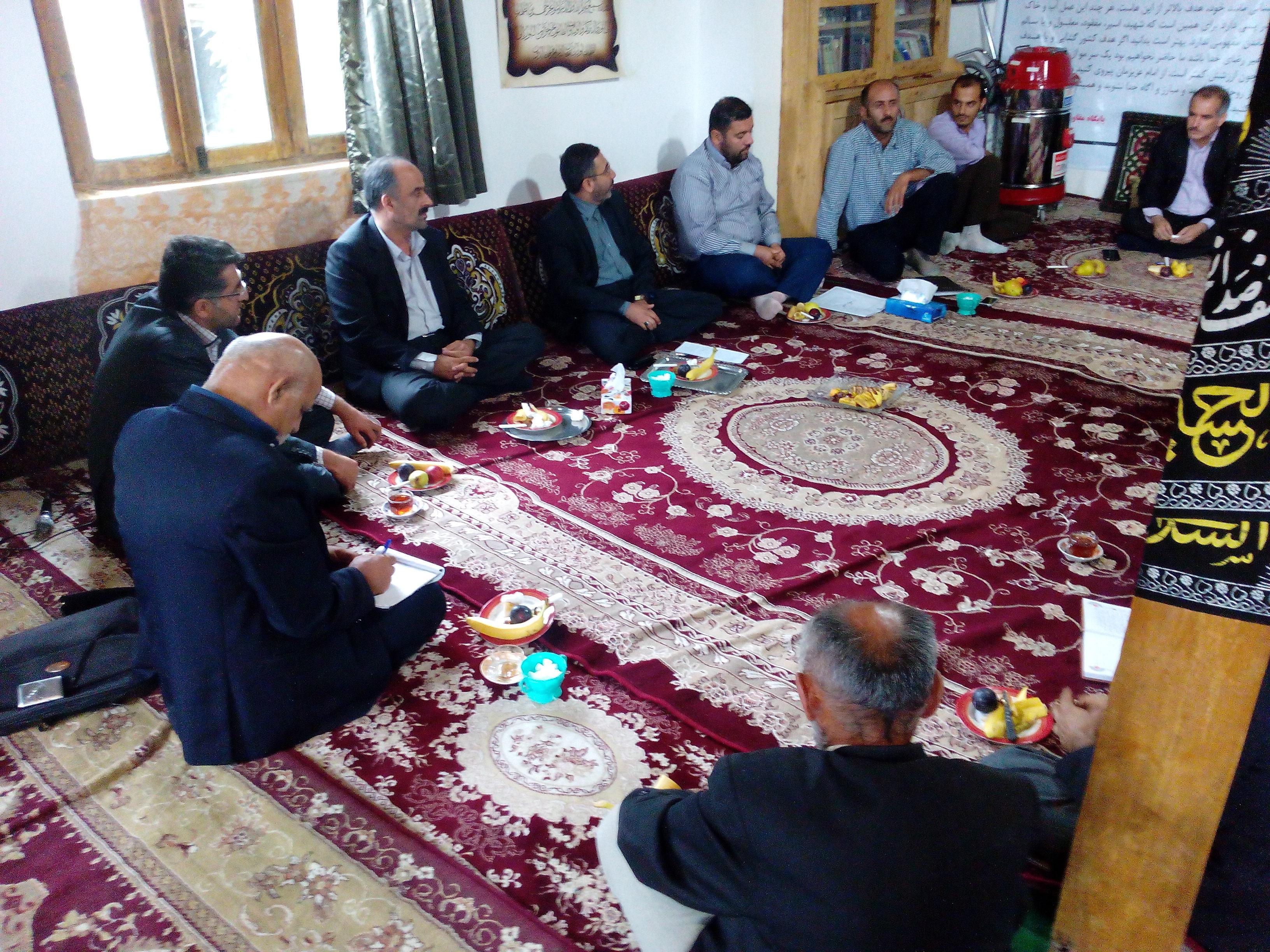 حاج قاسم احمدی در روستای گلامره