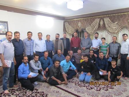 جمعی از اعضای ستاد یادواره 260 شهید شهرستان بویین میاندشت -شهریور 1396- بتلیجه
