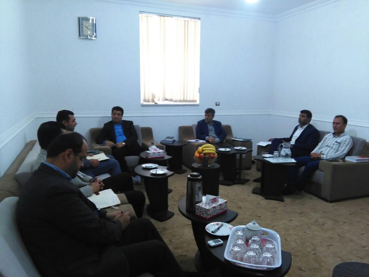 جلسه شورای شهر لامرد با بهلولی رئیس اداره برق لامرد