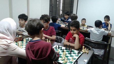 مسابقات هفتگی باشگاه شطرنج ذهن به مناسبت هفته معلم