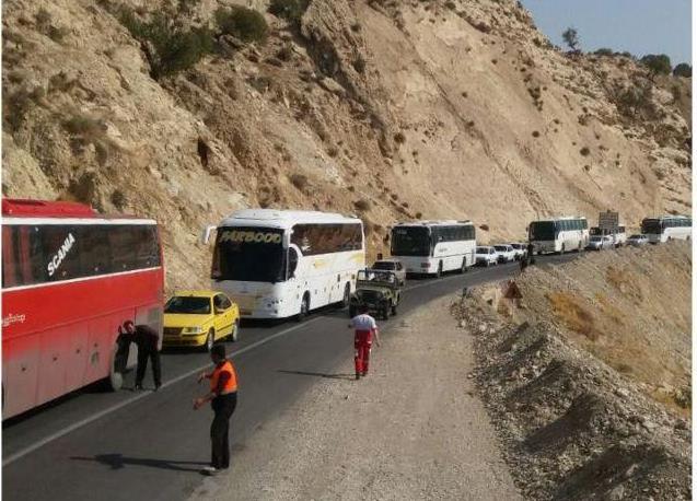 گزارش-تصویری-تردد-زائرین-اربعین-از-محورهای-ارتباطی-شهرستان-ملکشاهی