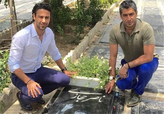 حضور فرهاد مجیدی و برادرش بر سر مزار حجازی