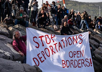 8lso_migrants-deportations.jpg