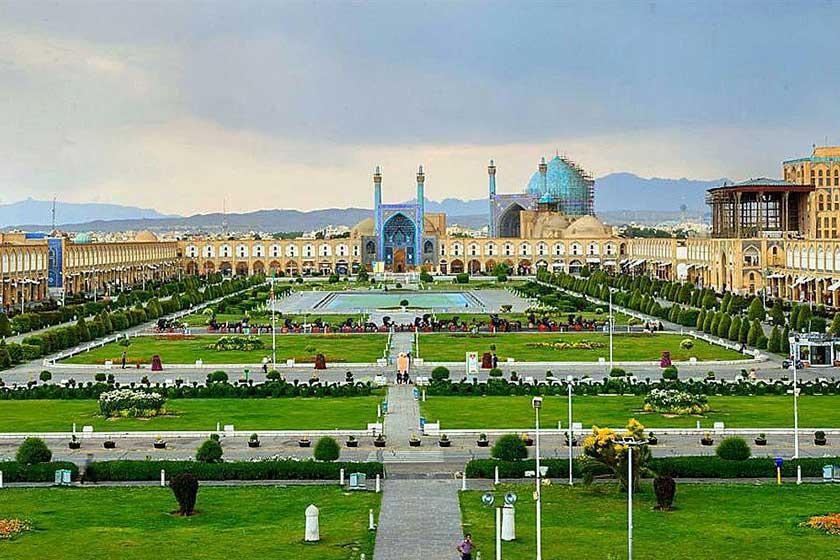 پنجره ای به جهان هنر؛ میدان نقش جهان اصفهان