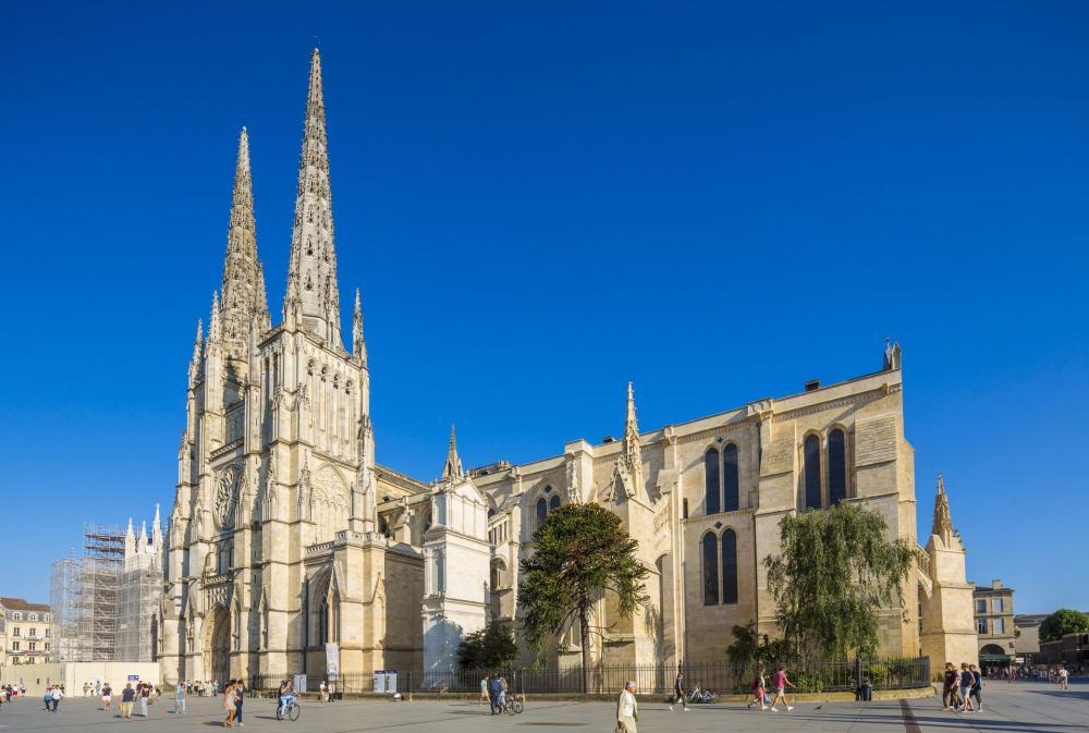 کلیسای جامع سنت آندره :