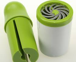چرخ کن دستی سبزیجات خشک
