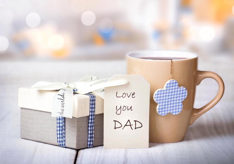 http://uupload.ir/files/bljx_fathers-day1.jpg