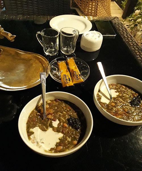 [تصویر: عکس سفره های سحر و افطار نوعروس ها ]
