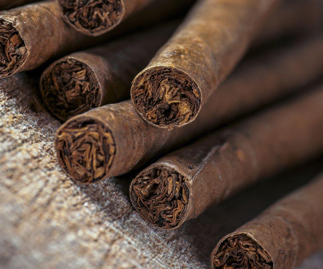 [تصویر:  dx7v_category_cigars_101_retina.jpg]