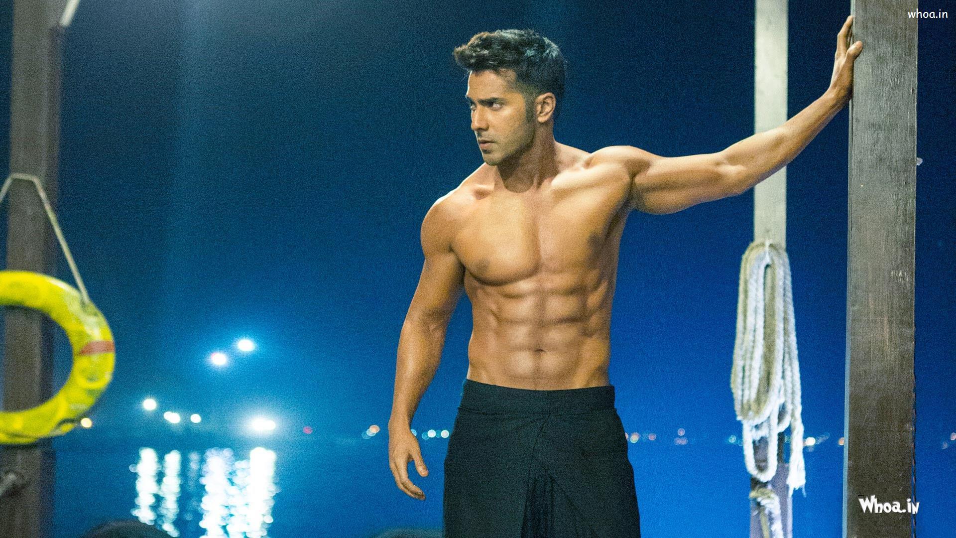 http://uupload.ir/files/eivv_abcd-2-varun-dhavan-as-a-suresh-shirtless-hd-movies-wallpaper.jpg