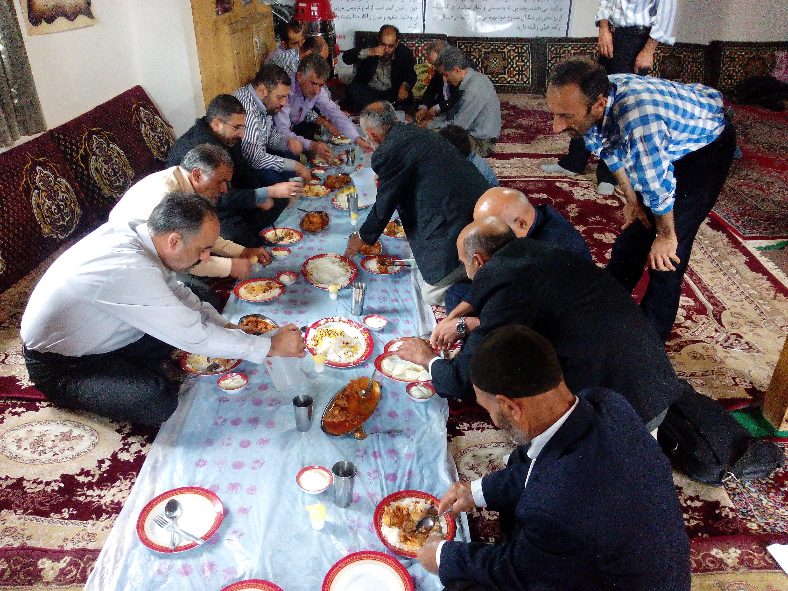 حاج قاسم احمدی لاشکی در روستای گلامره