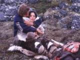 فیلمها و برنامه های تلویزیونی روی طاقچه ذهن کودکی - صفحة 13 Gajr_the_snow_walker(2003).11_thumb