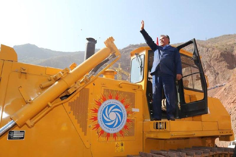 روز تاریخی تاجیکستان : آغاز رسمی عملیات ساخت نیروگاه و سد عظیم راغون