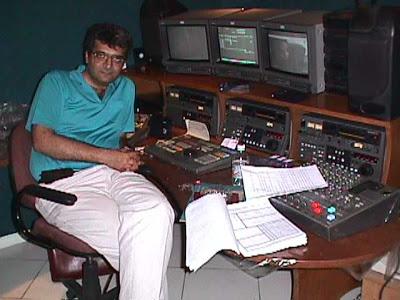 فیلمها و برنامه های تلویزیونی روی طاقچه ذهن کودکی - صفحة 13 Gc8v_dr.amirhasan.nedayi.2