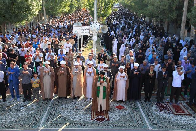 نماز-عید-سعید-فطر-در-شهرستان-ملکشاهی-برگزارشد