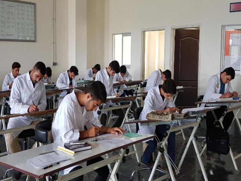 3 هزار و 377 نفر از مهارت آموختگان مراکز آموزش فنی و حرفه ای استان رهگیری اشتغال شدند