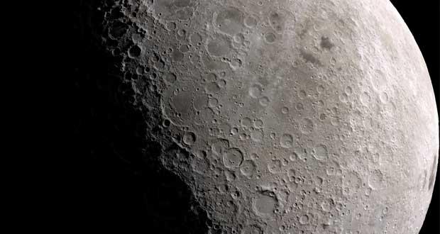 چاله های سطح ماه روز به روز در حال افزایش است ؟!چاله های سطح ماه روز به روز در حال افزایش است ؟!