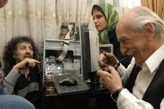 دانلود رایگان فیلم ایرانی 12 دوازده صندلی با لینک مستقیم و کیفیت بالا