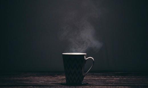 چگونه نوشیدن چای داغ خطر ابتلا به سرطان را افزایش می دهد؟