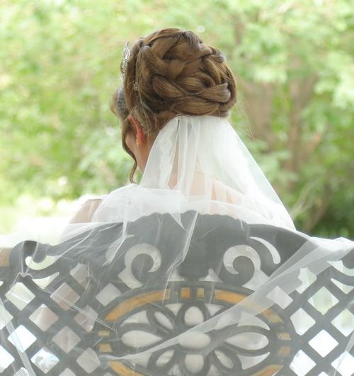 [تصویر: عکس مدل موهاتون تو روز عروسی + اسم آرایشگاه]