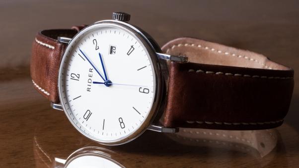 والپیپر اچ دی ساعت مچی مردانه