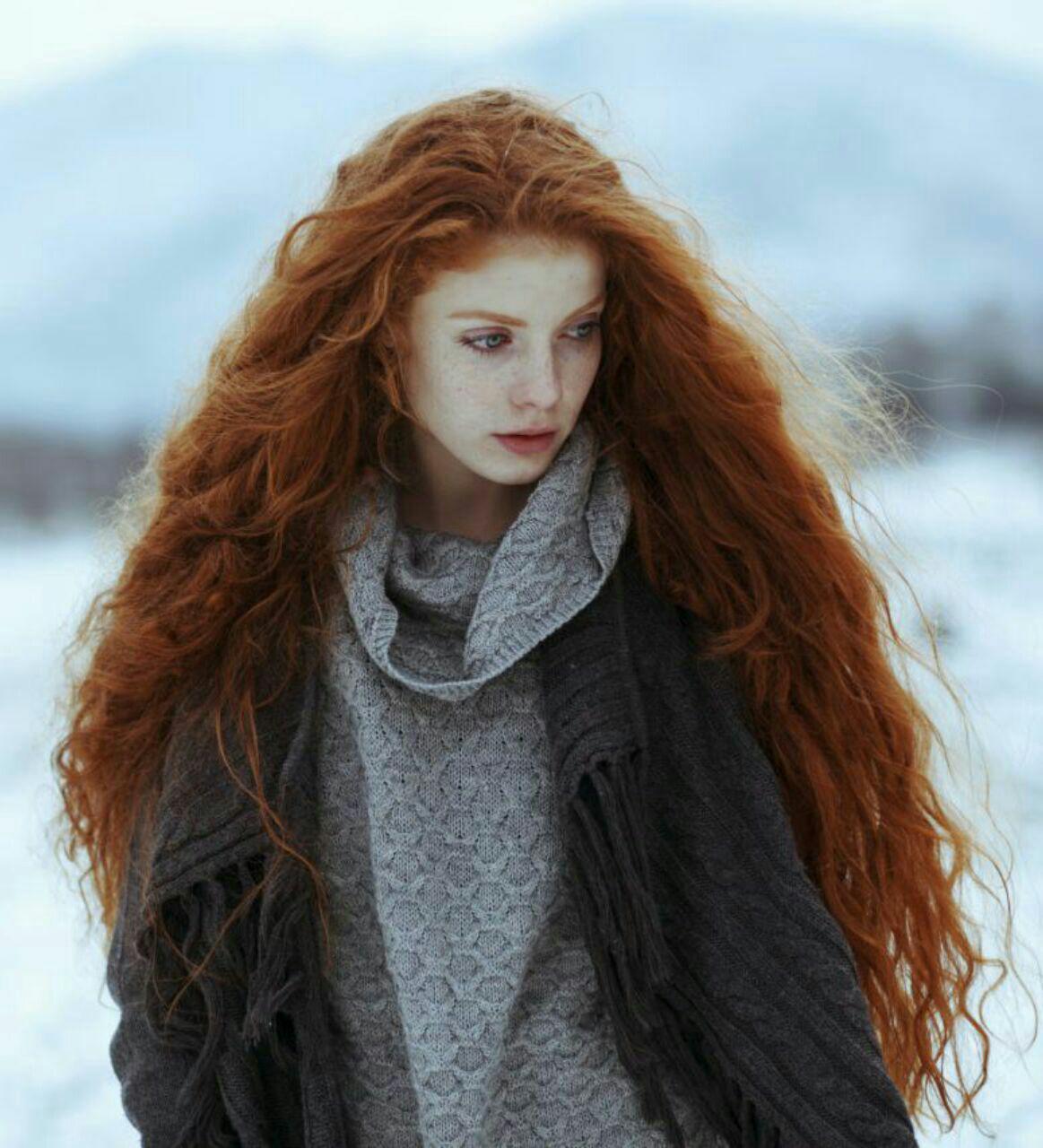 عکس دختر با موهای بلند