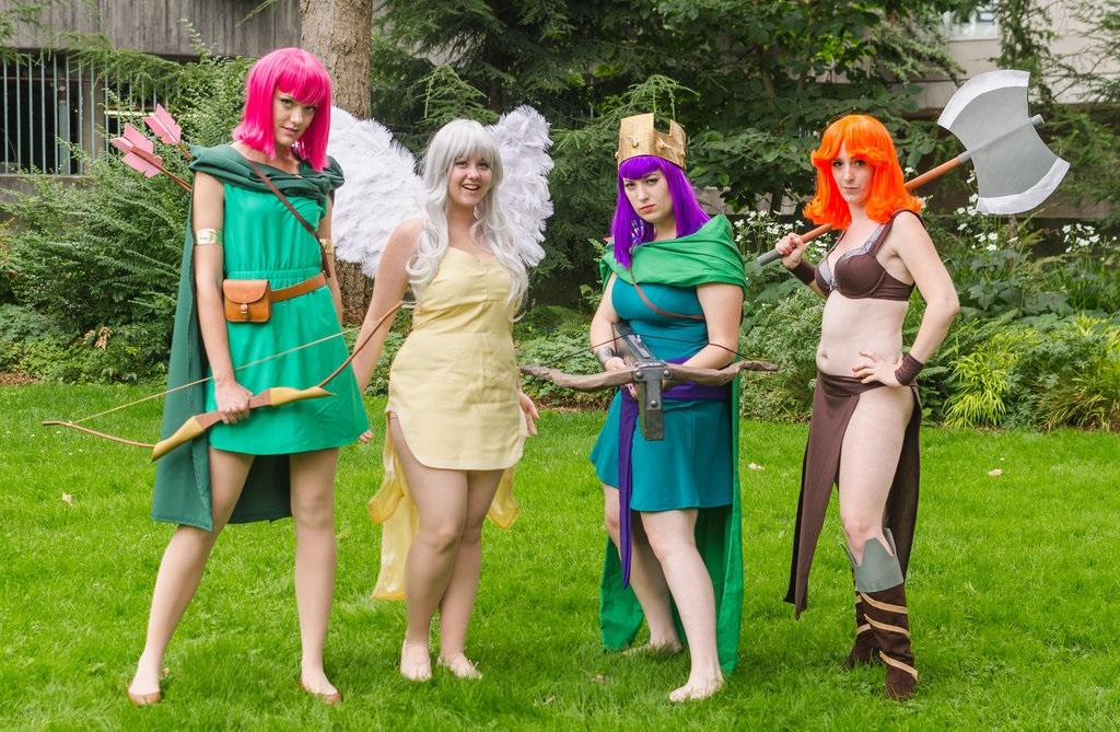kzit_clash_of_clans_cosplay_the_ladies_by_bestfriendscosplay-d7yp6sh_zps0p5u4qa4.jpg