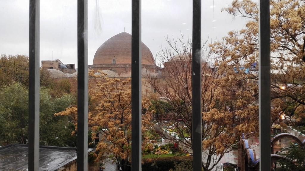 مسجد بزرگ و زیبا در حال ساخت کبود