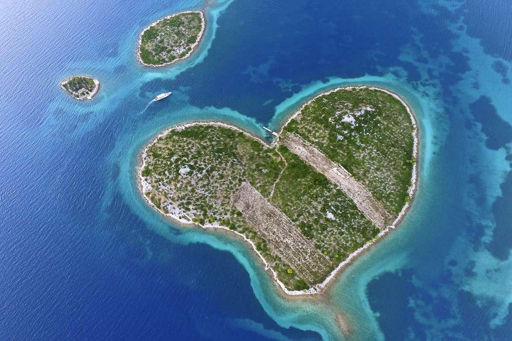 جزیره عشق