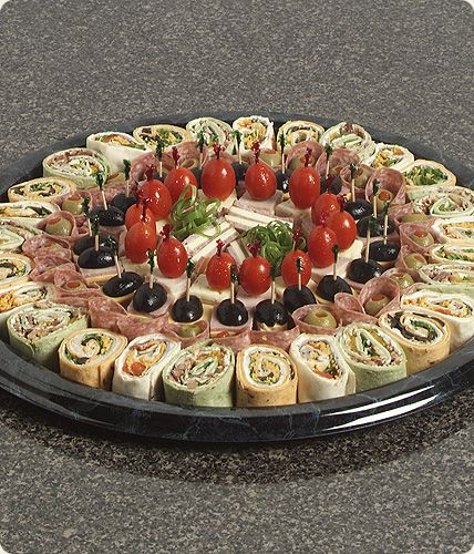 [تصویر: فینگر فود،اردور،ساندویچ های کوچک قبل از غذا(عکس)]