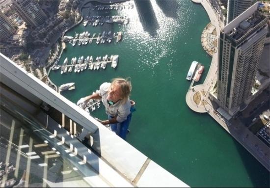 تصاویر مرد عنکبوتی در دبی ، مرد عنکبوتی