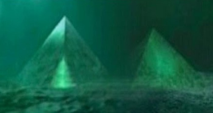 دو کریستال غول آسا به شکل هرم در مرکز مثلث برمودا کشف شد: