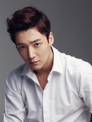 Choi Jin Hyuk درام Tunnel را پذیرفت.