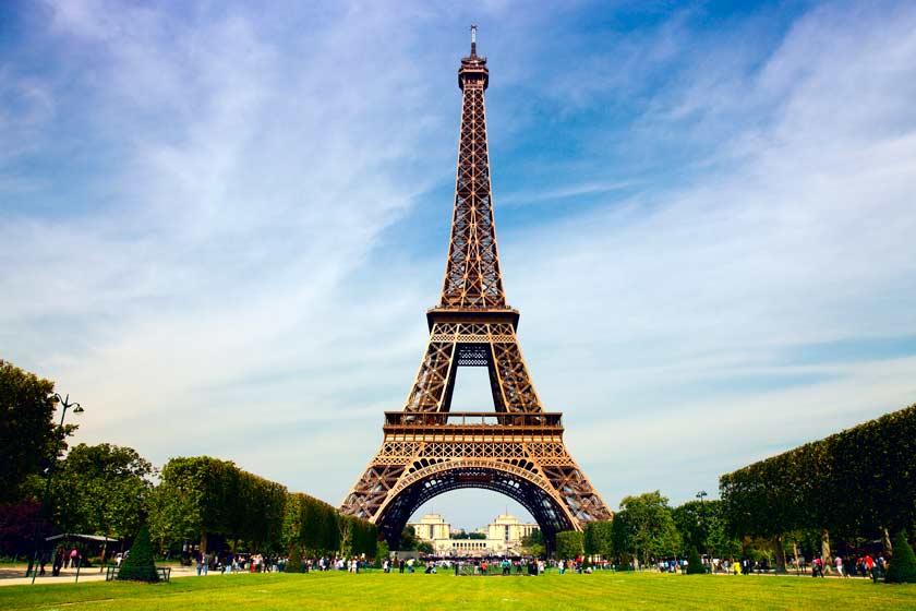 جهیزیه عروس شهرهای جهان؛ برج ایفل پاریس