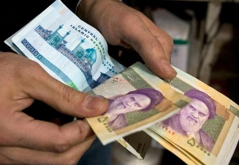 افزایش عیدی کارمندان دولت منتفی است