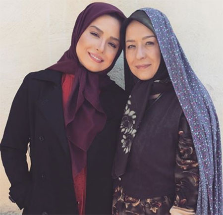 مهراوه شریفینیا و مادرش آزیتا حاجیان