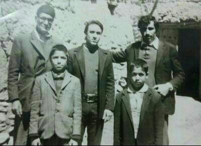 ردیف اول سمت راست شهید احمد مال امیری