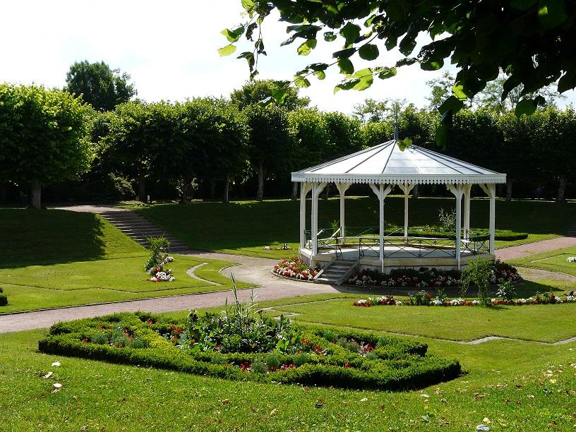 باغ عمومی jardin public شهر بوردو فرانسه