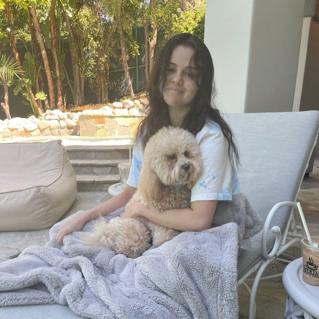 عکس جدیدی از سلنا و سگش