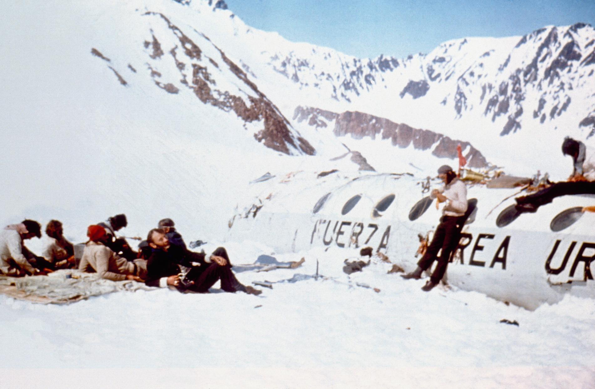 سقوط پرواز شماره 571 خطوط هوایی اروگوئه ، جنجالی ترین سانحه هوایی جهان