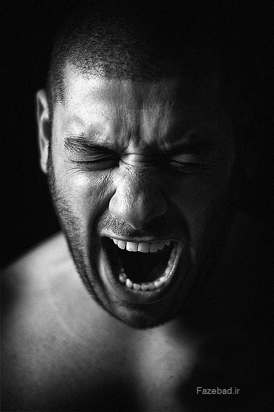 فریاد زدن پسر ناراحت | فریاد و گریه کردن پسر | داد کشیدن پسر عصبی | فریاد مرد عصبی